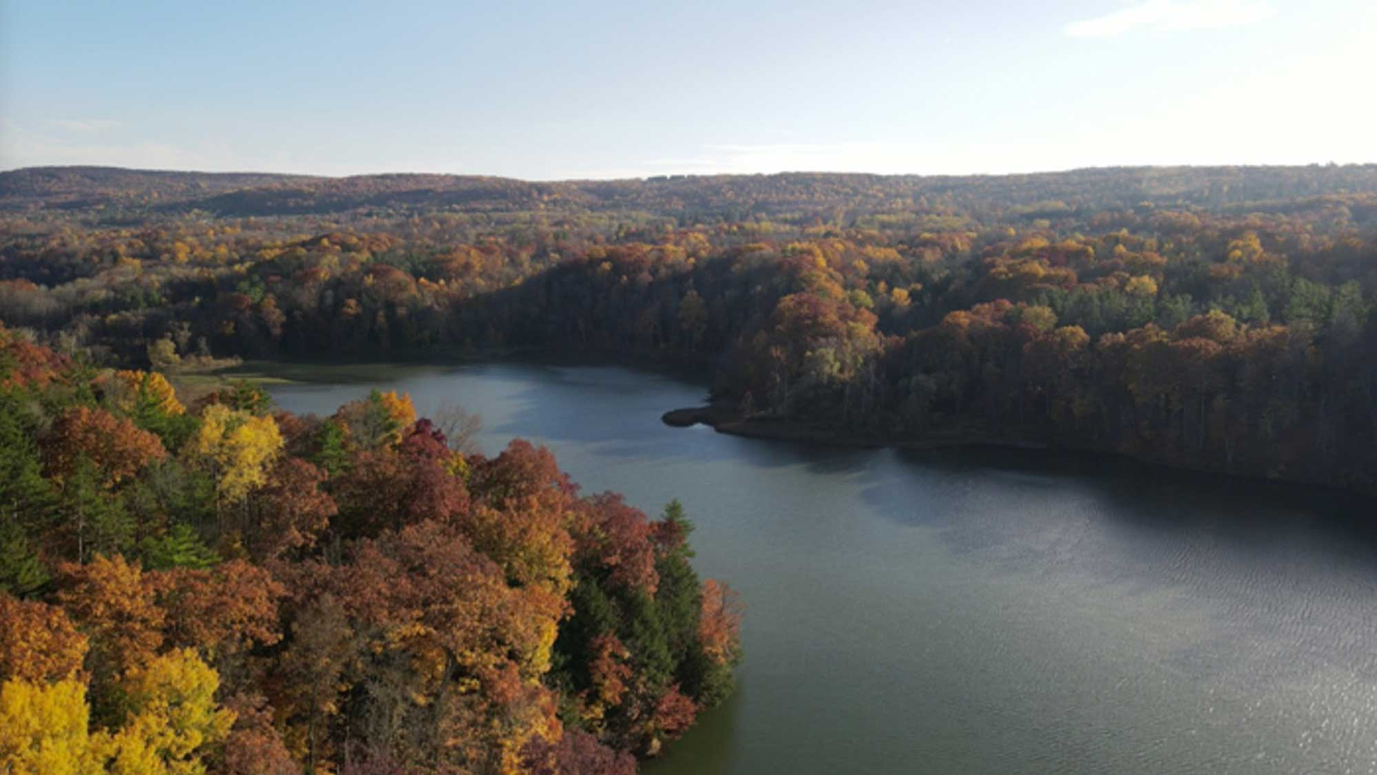 Aerial photograph of Potters Fall Reservoir on Six Mile Creek.